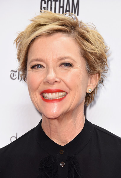 Annette Bening Messy Cut [image,musical,hair,face,blond,hairstyle,facial expression,chin,eyebrow,lip,forehead,smile,annette bening,actor,golden globe awards,rules,celebrity,hair,comedy,gotham independent film awards,annette bening,rules dont apply,kate craig,74th golden globe awards,actor,image,celebrity,golden globe award for best actress \u2013 motion picture \u2013 musical or comedy,photograph,golden globe awards]
