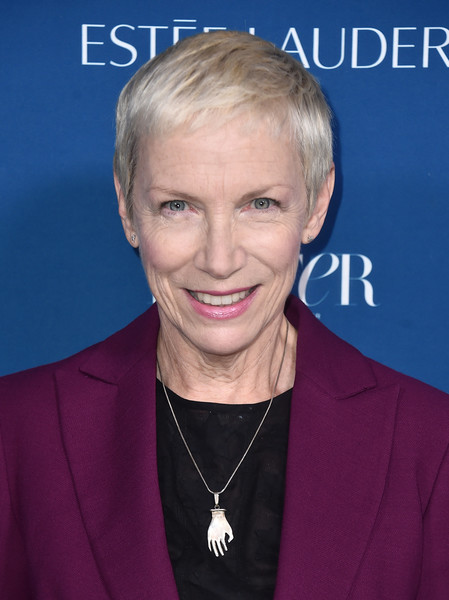 Annie Lennox Pixie [hair,face,hairstyle,forehead,blond,electric blue,smile,premiere,incredible women gala 2018 - arrivals,porter,annie lennox,ebell,los angeles,california,incredible women gala]