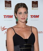 Ana Beatriz Barros added subtle color to her look with a pair of dangling jade earrings at the Brazil Foundation Gala.