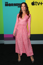 Katie Aselton looked fab in a pink V-neck dress at the world premiere of Apple TV+'s 'The Morning Show.'