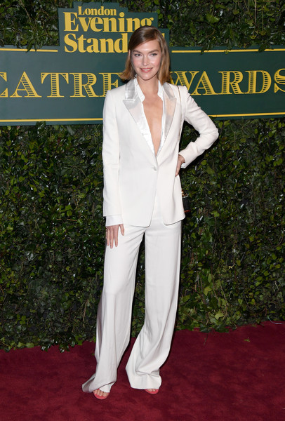 Arizona Muse Pantsuit [suit,red carpet,pantsuit,clothing,carpet,formal wear,tuxedo,flooring,outerwear,premiere,red carpet arrivals,arizona muse,london evening standard theatre awards,london,england,theatre royal]