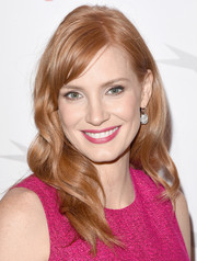 Jessica Chastain looked totally sweet with her long waves and fuchsia dress at the AFI Awards.