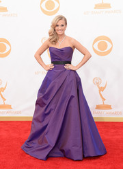 Carrie looked like a princess in an iridescent purple, taffeta gown with a sculpted bodice and A-line skirt.