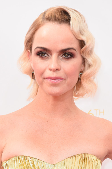 Taryn Manning went retro-glam at the Emmys with this finger-wave updo.