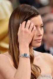 Jessica Biel accessorized with this lovely blue-gemmed bracelet by Tiffany & Co. when she attended the Oscars.