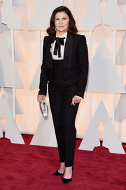 Colleen Atwood worked a mannish vibe in a black pantsuit during the Oscars.