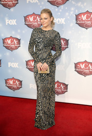 LeAnn Rimes looked stunningly sophisticated in a beaded black-and-white dress by Reem Acra at the American Country Awards.