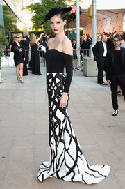 Coco Rocha looked breathtaking in a black-and-white off-the-shoulder gown by Christian Siriano at the CFDA Fashion Awards.