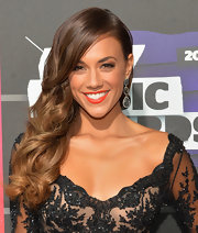 Jana Kramer's glamorous side sweep showed off her highlighted locks at the CMT Music Awards.
