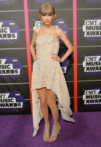 Taylor Swift in Elie Saab at the CMT Music Awards
