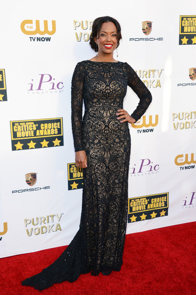 More Pics of Aisha Tyler Evening Dress (1 of 8) - Dresses & Skirts Lookbook - StyleBistro
