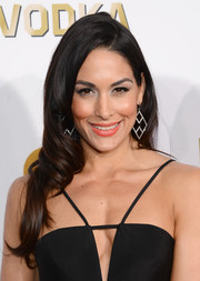 Brie Bella attended the Critics' Choice Awards wearing her long hair in swirly waves.