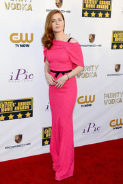 Amy Adams looked super sweet at the Critics' Choice Awards in a pink Roland Mouret off-the-shoulder gown with a capelet and a bowed black belt.