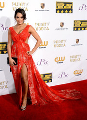 Nikki Bella was a sexy diva at the Critics' Choice Awards in a red cutout gown with a super-long train.