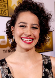 Ilana Glazer rocked messy curls at the 2014 Critics' Choice Television Awards.