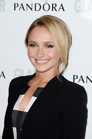 Hayden Panettiere topped off her sleek red carpet ensemble with a pinned updo.