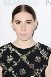 Zosia Mamet's sleek 'do kept all the attention on her retro cat eyes.