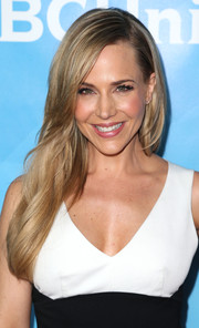 Julie Benz styled her long locks with a side part and subtle waves for NBCUniversal's Summer Press Day.
