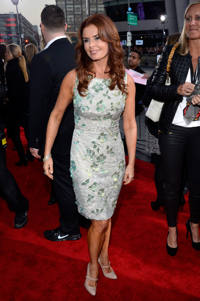 More Pics of Roma Downey Cocktail Dress (1 of 3) - Roma Downey Lookbook - StyleBistro