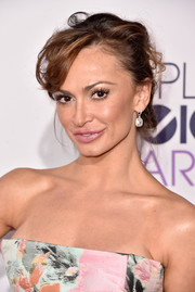 Karina Smirnoff was sexily coiffed with this messy updo at the People's Choice Awards.