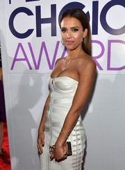 Jessica Alba paired a diamond X bracelet by Eva Fehren with a sexy strapless dress for the People's Choice Awards.