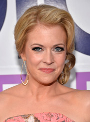 Melissa Joan Hart looked retro-glam with her pinned-up ringlets at the People's Choice Awards.