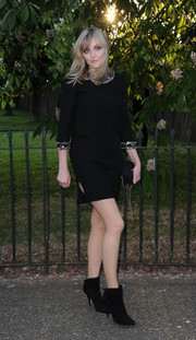 Sophie Dahl looked divine at the Serpentine Gallery Summer Party in a little black dress with a bejeweled neckline and cuffs.