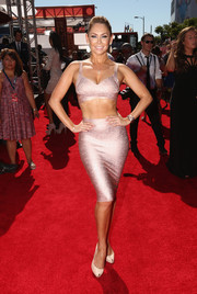 Kym Johnson made a sexy entrance at the ESPYs in a shimmery pink bra top.