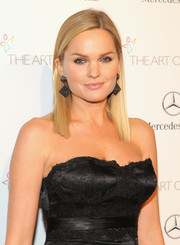 Sunny Mabrey attended the Art of Elysium's Heaven Gala wearing a super-neat straight 'do.