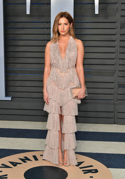 Ashley Tisdale Box Clutch [oscar party,vanity fair,clothing,dress,fashion model,fashion,shoulder,cocktail dress,haute couture,fashion show,photo shoot,neck,beverly hills,california,wallis annenberg center for the performing arts,radhika jones - arrivals,radhika jones,ashley tisdale]
