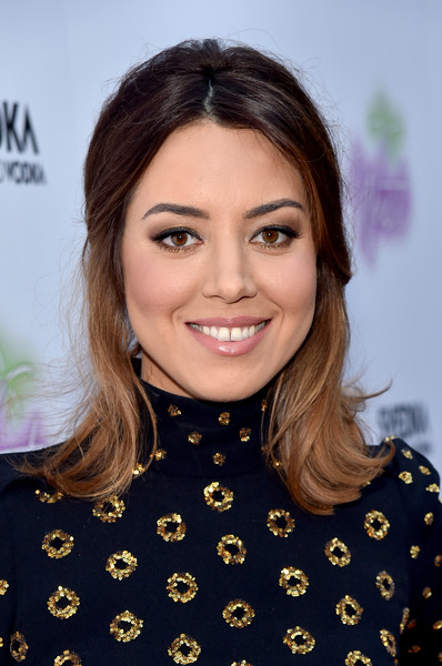 Aubrey Plaza Half Up Half Down