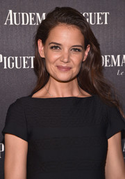 Katie Holmes attended the Reconstruction of the Universe event wearing her hair in casual waves.