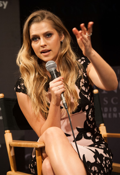 More Pics of Teresa Palmer Long Wavy Cut (2 of 48) - Long Wavy Cut Lookbook - StyleBistro
