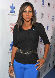 Holly Robinson Peete was dressed down in a charcoal knit top and jeans when she attended the Autism Speaks' Blue Jean Ball.