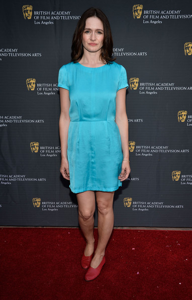 Emily Mortimer went for a minimal red carpet look with this simple turquoise dress at the BAFTA LA garden party.