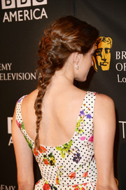 Allison Williams paired a long braided hairstyle with a floral dress for a sweet red carpet look during the BAFTA LA TV Tea.