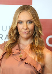 Toni Collette sported boho waves at the 'Wanderlust' photocall.
