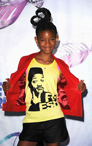 It isn't enough that Willow Smith looks JUST LIKE her dad...At the BET Awards, young Willow sported dad's likeness on a customized 'Fresh Prince' tee.