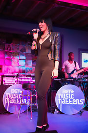 Bridget Kelly opted for a sleek and modern look with this black jumpsuit.