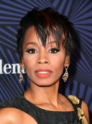 Anika Noni Rose went punky with this spiked, color-streaked 'do at the American Black Film Festival Honors.