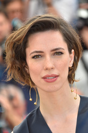 Rebecca Hall looked cool with her messy bob at the Cannes photocall for 'The BFG.'