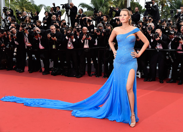 Blake Lively (in Atelier Versace) as Elsa