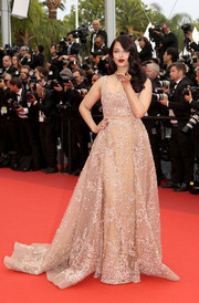 Aishwarya Rai looked queenly in an embroidered nude gown by Elie Saab during the Cannes premiere of 'The BFG.'