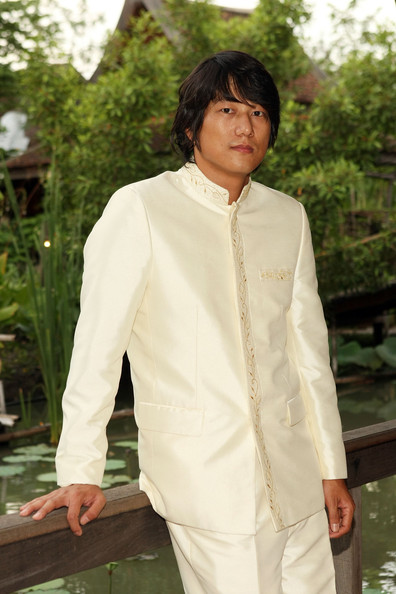 Sung Kang's traditional Asian button-down shirt featured embroidery and a mandarin collar.