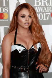 Jesy Nelson wore her long tresses down in a gently wavy style during the Brit Awards.