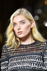 Elsa Hosk looked lovely with her slightly wavy side-parted 'do at the Balmain runway show.