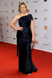 Barbara Schoeneberger kept it classic in a stunning one-shoulder floor-length gown at the 2011 Bambi Awards.