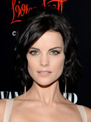 Jaimie Alexander looked retro with a bit of an edge at the Banana Republic L'Wren Scott collection launch wearing this short wavy cut with a teased crown.