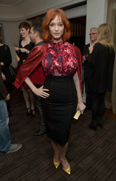 More Pics of Christina Hendricks Short Wavy Cut (1 of 30) - Short Hairstyles Lookbook - StyleBistro