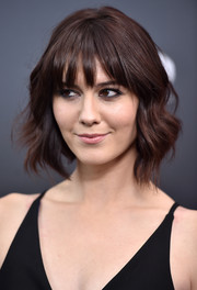 Mary Elizabeth Winstead looked adorable with her short wavy hairstyle at the New York premiere of 'Batman v Superman: Dawn of Justice.'